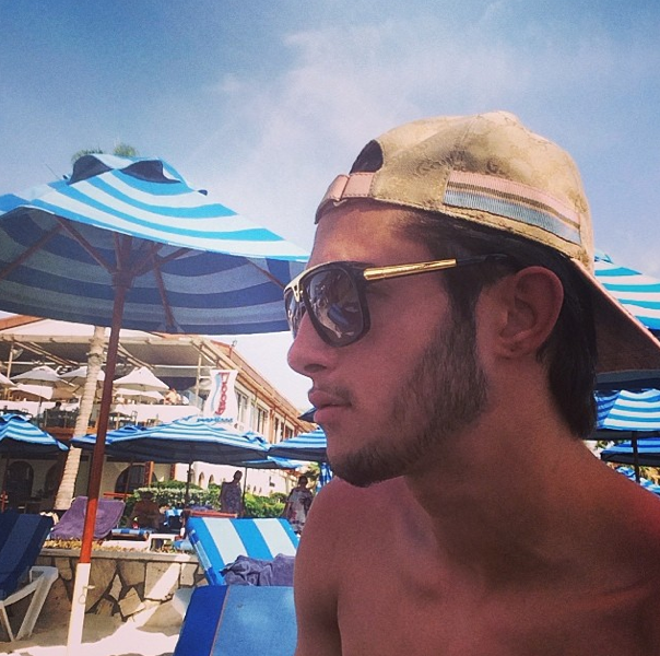 Photos : Tarek Benattia : pendant que sa soeur déprime, lui, s'éclate à Dubaï !