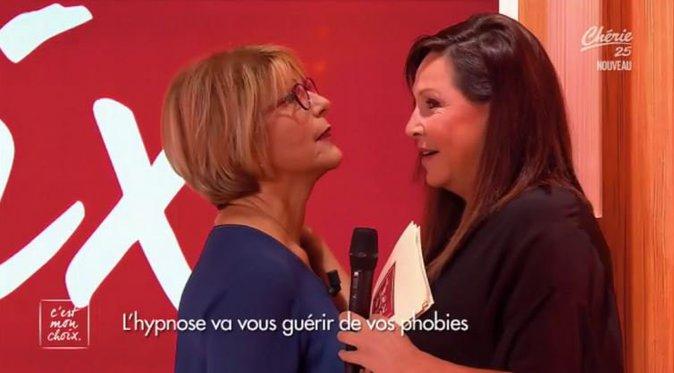 """Tatouages et phobies, retour réussi pour Evelyne Thomas dans """"C'est mon choix"""" !"""