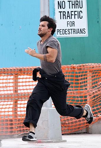 Taylor Lautner à New-York le 20 juillet 2013