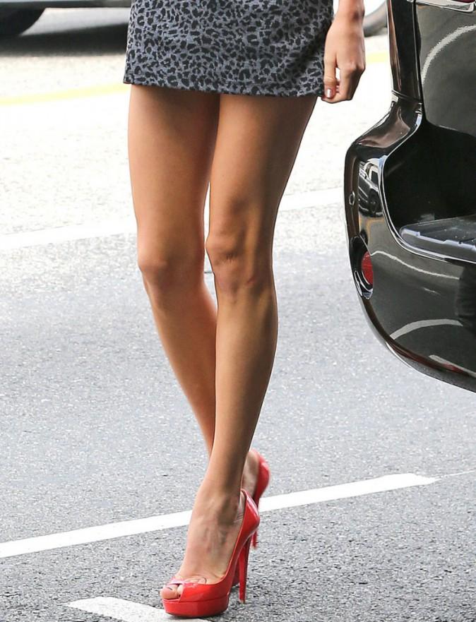 La femme parfaite possède... les jambes de Taylor Swift