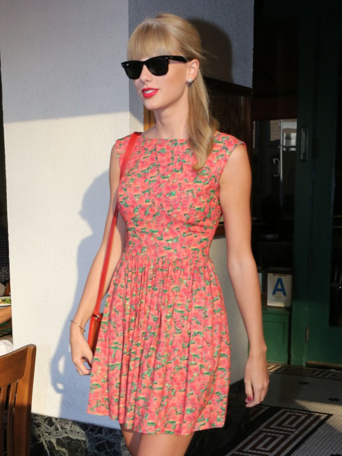 Taylor Swift à la sortie du restaurant The Farm à Beverly Hills, le 22 août 2013.