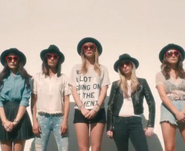 Taylor Swift, entourée de ses vraies amies !