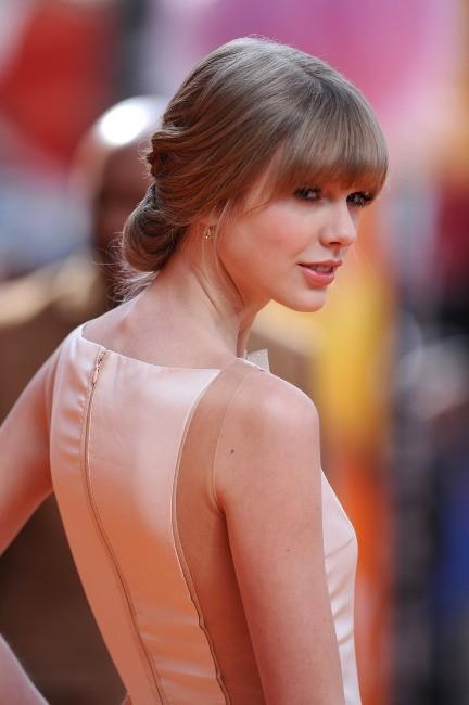 Taylor Swift lors de l'avant-première du film d'animation, Le Lorax, à Los angeles, le 19 février 2012.