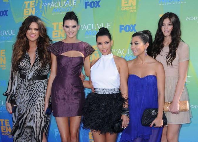 Les soeurs Kardashian lors des Teen Choice Awards à Los Angeles, le 7 août 2011.