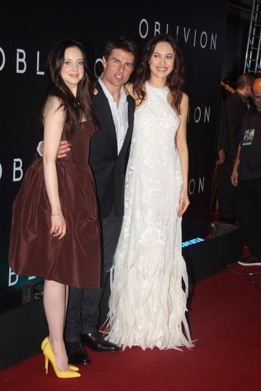 Tom Cruise, Olga Kurylenko et Andrea Riseborough le 27 mars 2013 à Rio