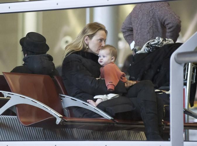 Uma Thurman et sa fille Luna à Paris, le 22 janvier 2013.