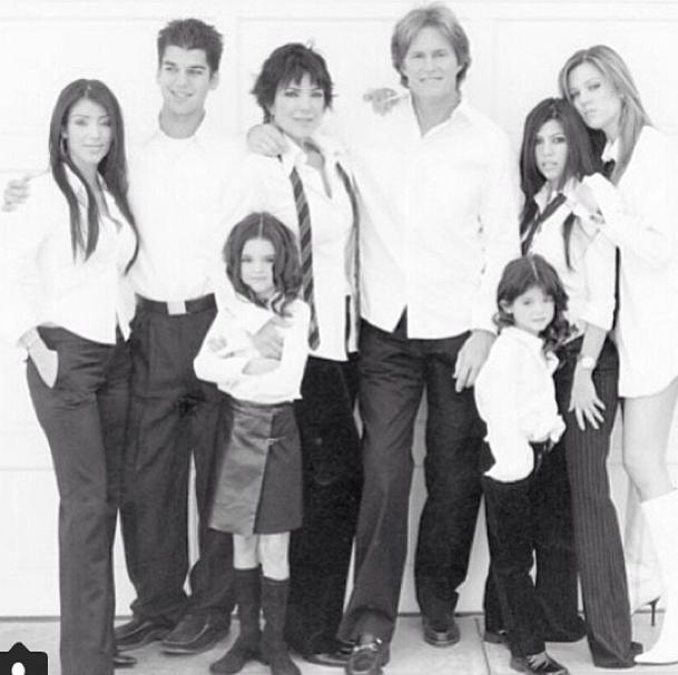 Bruce Jenner entouré de son clan