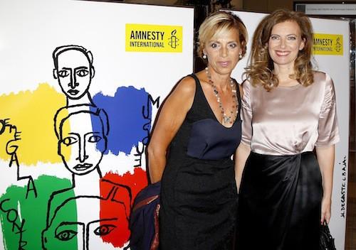 Valérie Trierweiler et la présidente d'Amnesty Internaional, Geneviève Garrigos