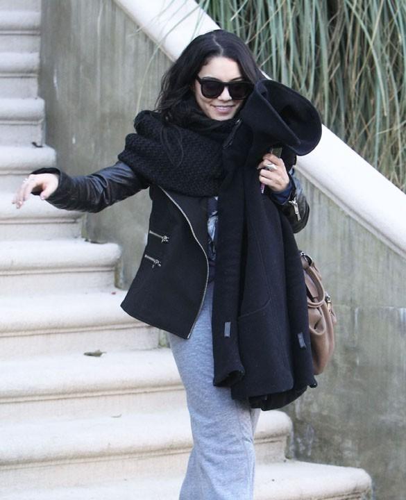 Vanessa Hudgens à la sortie de sa maison de Los Angeles le 14 janvier 2013