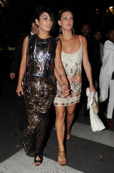Vanessa Hudgens, accompagnée de sa meilleure amie, Laura New