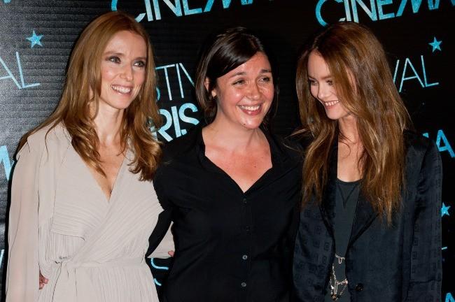"""Léa Drucker, Cécilia Rouaud et Vanessa Paradis lors de l'avant-première du film """"Je me suis fait tout petit"""" à Paris, le 9 juillet 2012."""