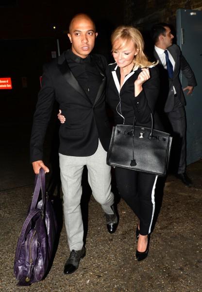 Emma Bunton et son fiancé Jade Jones à la sortie du Arts Club à Londres, le 27 avril 2014.