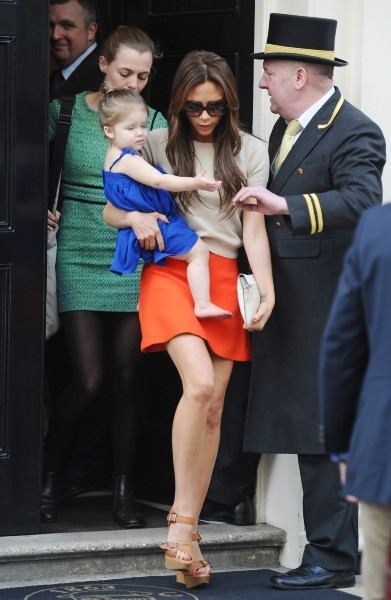 Victoria et Harper Beckham, Londres, 24 avril 2013.