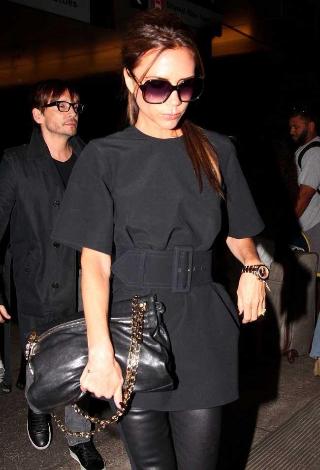 Victoria Beckham le 26 juin 2012 à l'aéroport de Los Angeles