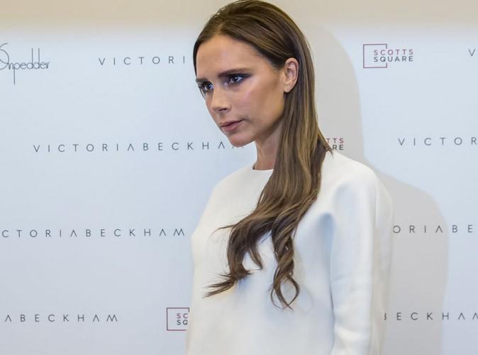 Photos : Victoria Beckham : elle adopte le blanc et retrouve sa moue après s'être complètement lâchée !