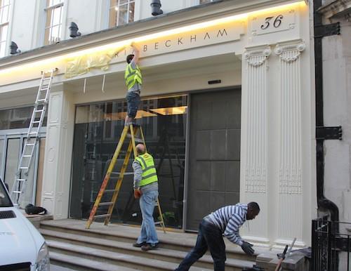 Photos : Victoria Beckham : que fait-elle à New York alors que sa boutique ouvre à Londres ?