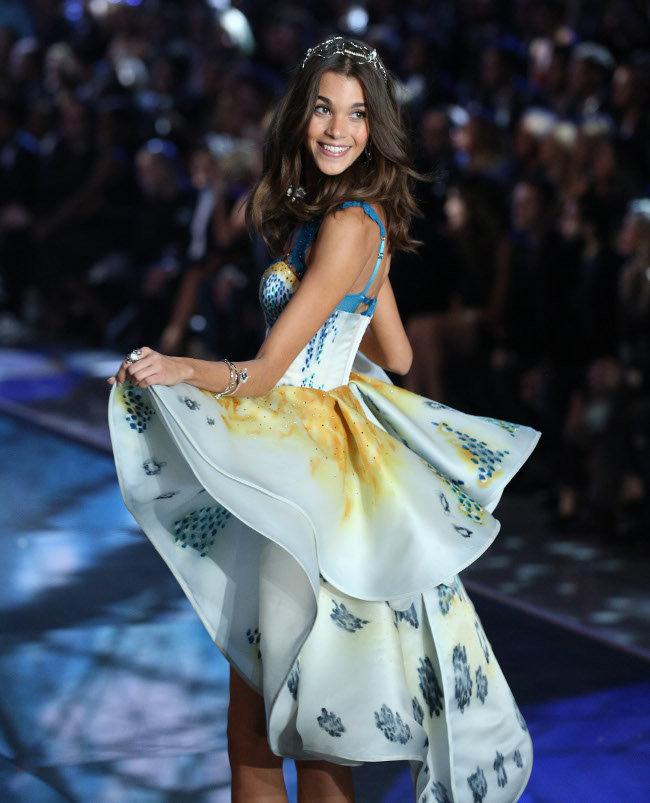 Pauline Hoarau au Victoria's Secret Fashion Show organisé à New-York le 10 novembre 2015