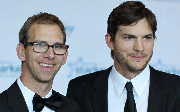 Ashton Kutcher et son jumeau