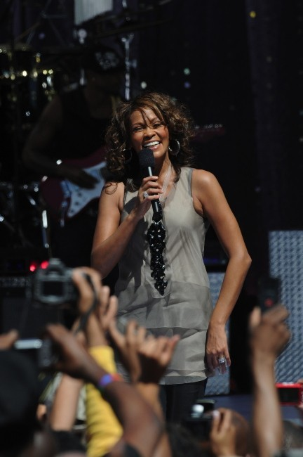 Whitney Houston sur le plateau de Good Morning America, le 9 septembre 2009.
