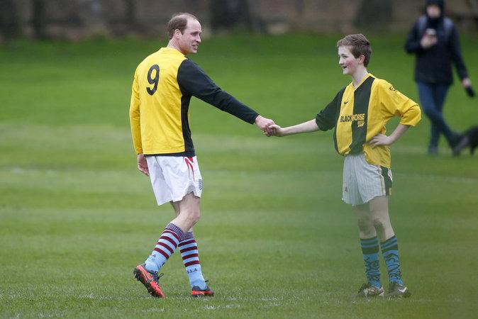 Photos : William et Harry : des princes boueux pour la bonne cause