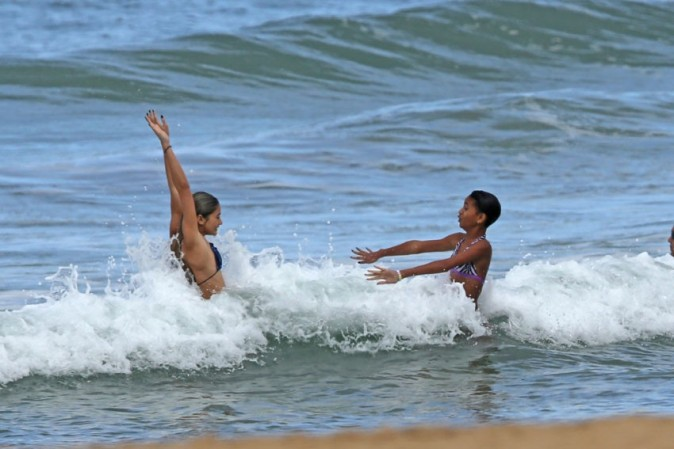 Willow, Jaden et Jada Pinkett Smith à Hawaï le 20 novembre 2012