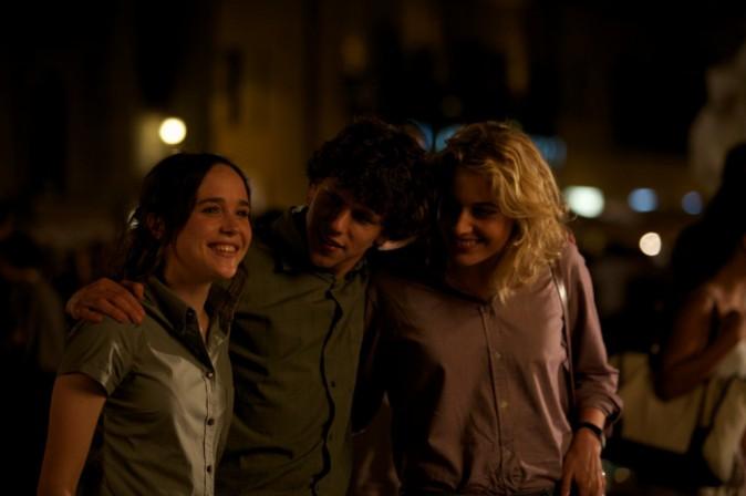 "Ellen Page et Greta Gerwig dans ""To Rome with love"""