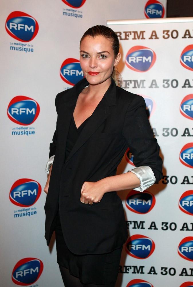 Justine Fraïoli très chic !