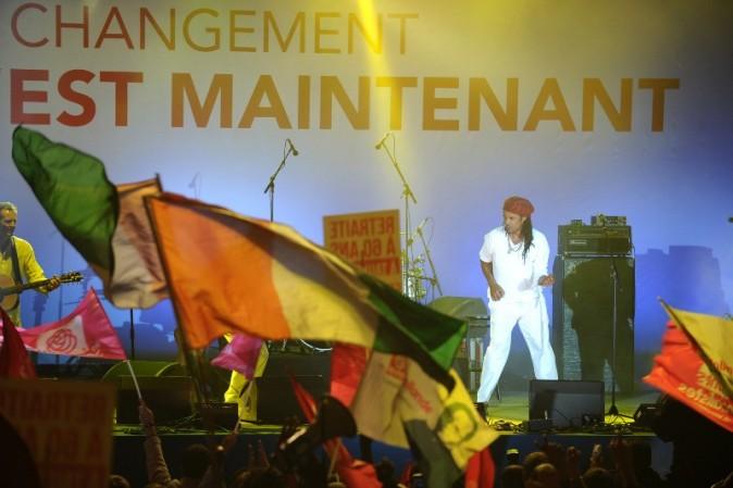 Yannick Noah en concert à la Bastille suite à la victoire de François Hollande, le 6 mai 2012.