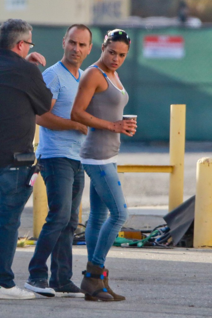 Michelle Rodriguez sur le tournage de Fast and Furious 7 à Los Angeles le 19 juillet 2014