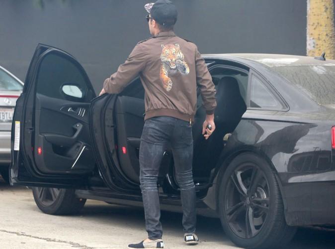 Zac Efron : s'il voulait quitter la maison de Michelle Rodriguez sans se faire rep�rer, c'est rat� !