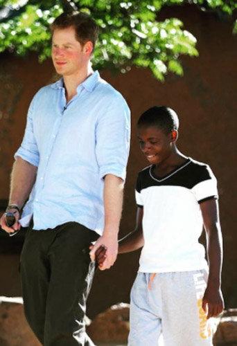 Prince Harry : parrain au grand cœur, il émeut les internautes !
