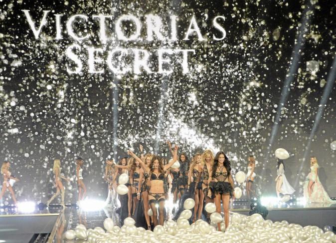 Public a tester pour vous : les coulisses du défilé Victoria's Secret à Londres !