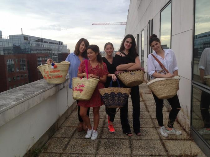 La rédac' de Public pour le défi : bye bye sac à main, welcome sac de plage !