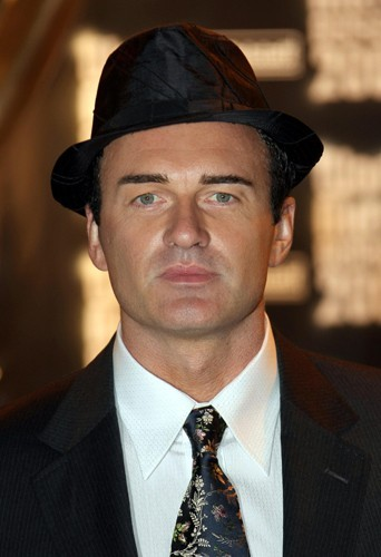 Julian McMahon alias Cole Turner