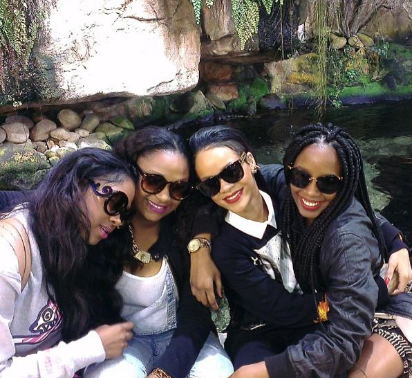 Rihanna et ses cousines