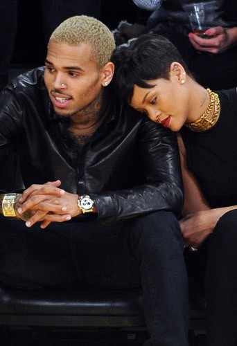 Rihanna et Chris Brown au match des Lakers à Los Angeles