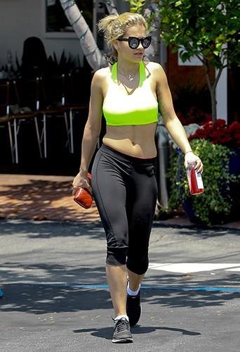 Rita Ora à West Hollywood le 14 juin 2013