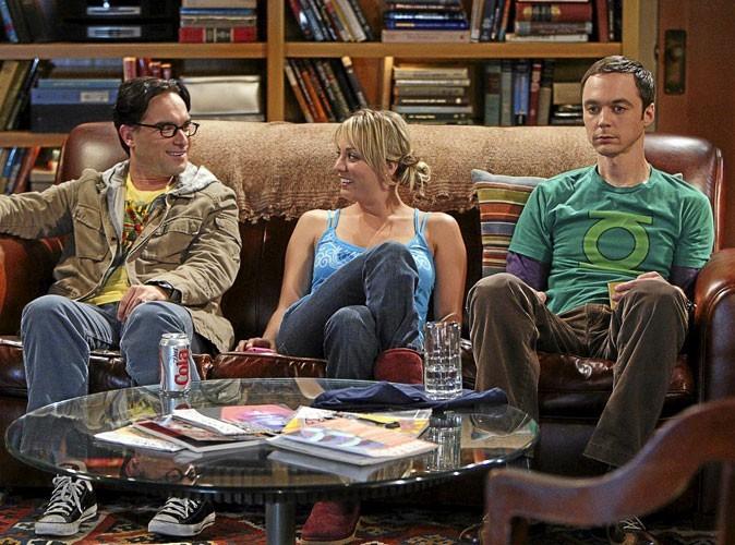 Série : The big bang theory : un canapé et trois amis, c'est ça la vie !