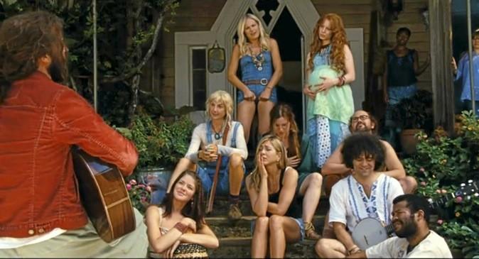 Les images du film Peace, love et plus si affinités avec Jennifer Aniston !