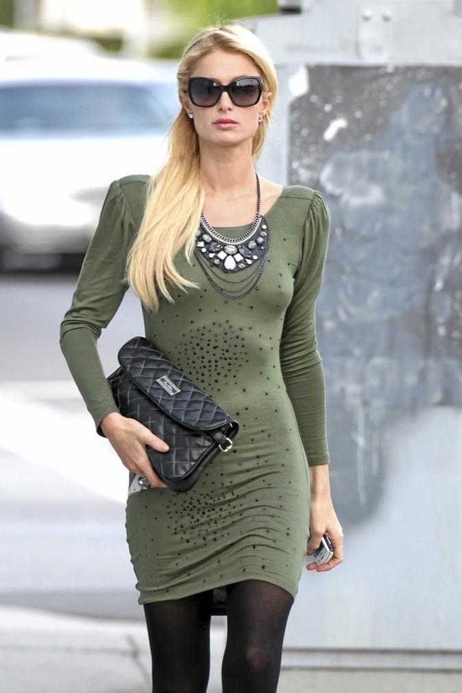 Paris Hilton surjoue son rôle de petite allumeuse !