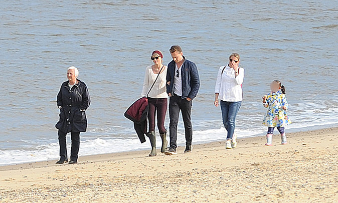 Taylor Swift et Tom Hiddleston à Suffolk le 26 juin 2016