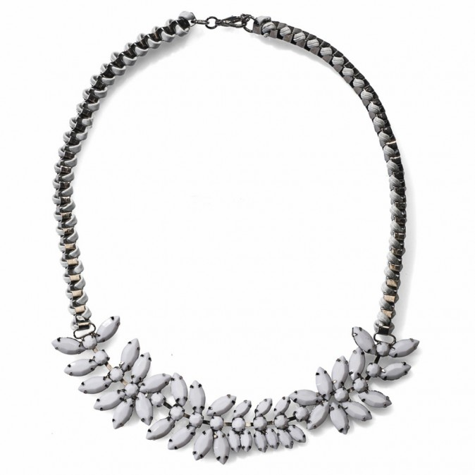 Collier, New Yorker 9,95 €