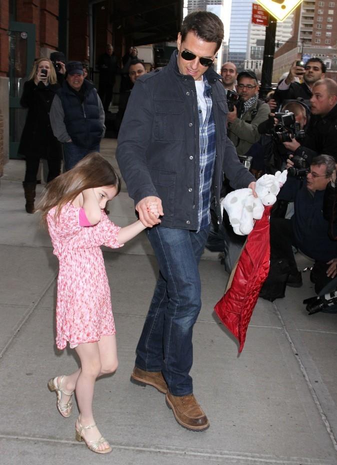 Tom Cruise et sa fille Suri quittent leur hôtel à New York City !
