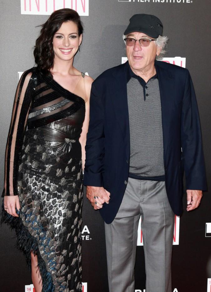 Anne Hathaway et Robert de Niro à l'avant-première du film Le Nouveau Stagiaire