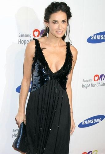 Demi Moore : célibataire depuis sa rupture avec Ashton Kutcher