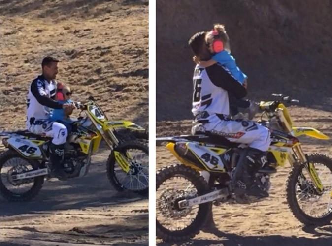 Pink : sa fille de 2 ans sur une motocross fait le buzz, elle répond !