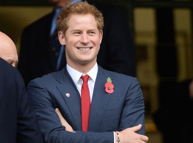 Prince Harry : il aurait rasé sa barbe... C'est la Reine Elizabeth qui va être contente !