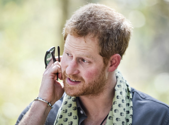 Prince Harry : la photo qui choque le Royaume-Uni...