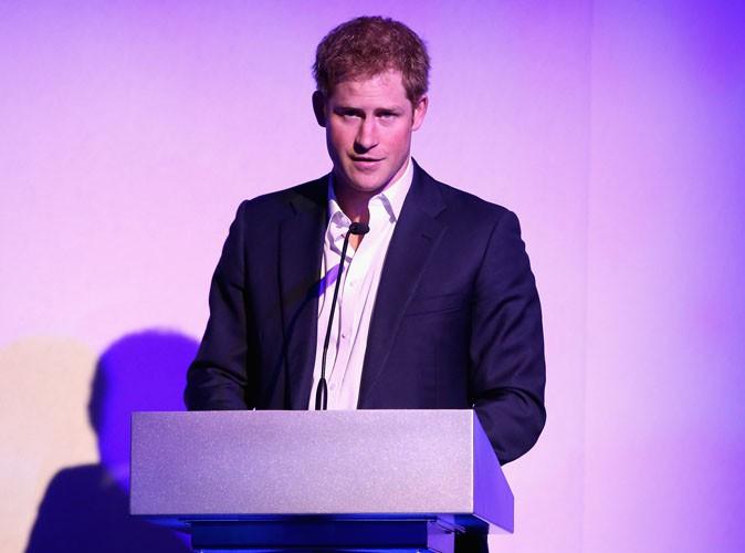 Prince Harry : repéré avec une gogo-danseuse ce week-end !