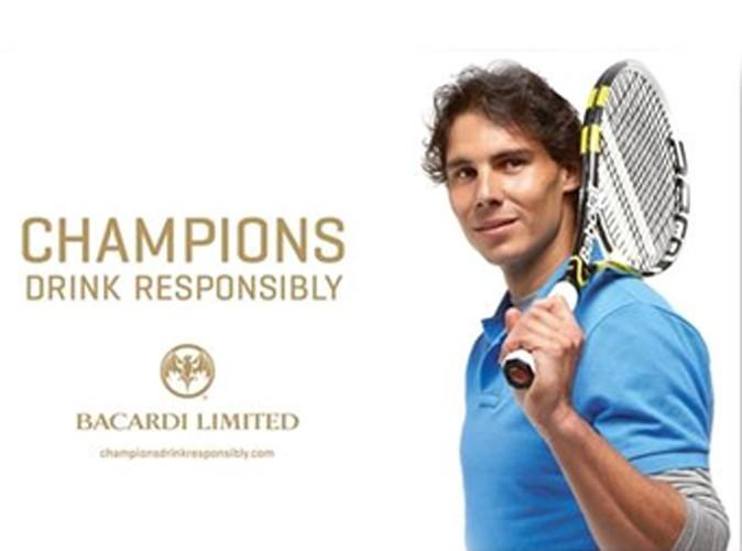 Rafael Nadal boit avec modération pour Bacardi !